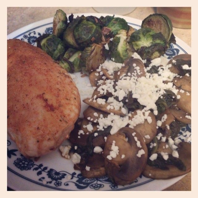 Chicken Breast with French Onion Brussel Sprouts & Balsamic Mushrooms & Spinach topped with FF Feta #17DayDiet