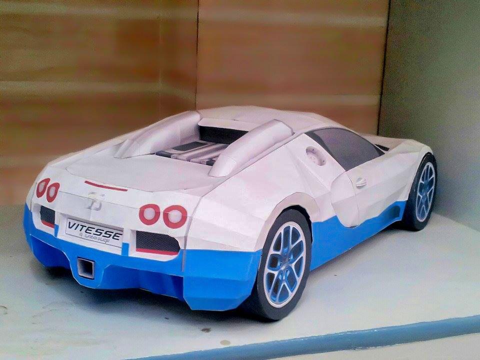 Bugatti veyron diy papercraft model built by bhuvan raheja