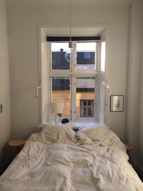 Julia  #minimalbedroom