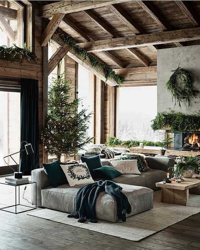 Urban Farmhouse On Instagram Not Exactly A Farmhouse But This Rustic Mountain Christmas Decor Is So Beautiful Home Fireplace Home Decor Rustic Home Design