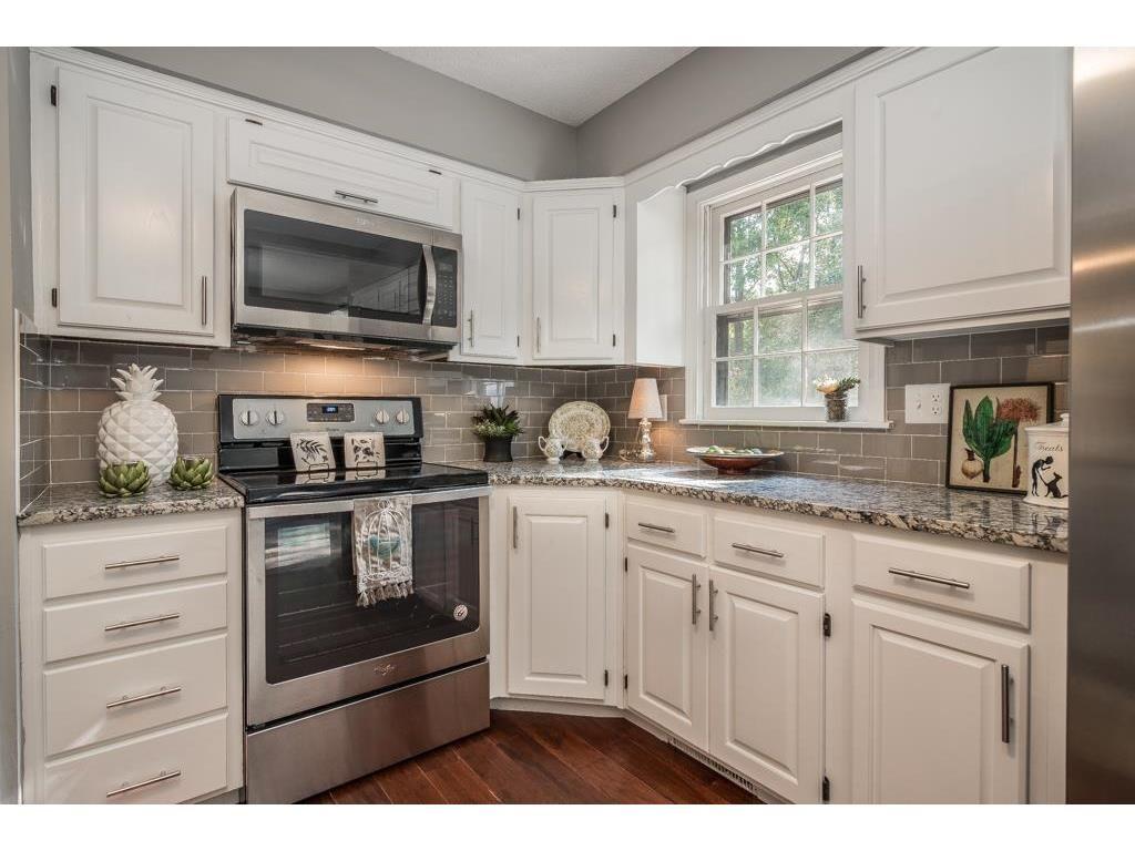 Love The Pineapple Kitchen Kitchen Decor Home