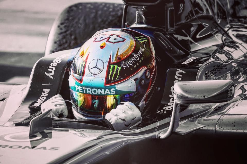 6ab4f142e Pin by Danni Pappoulis on Lewis Hamilton | Mercedes amg, Amg ...