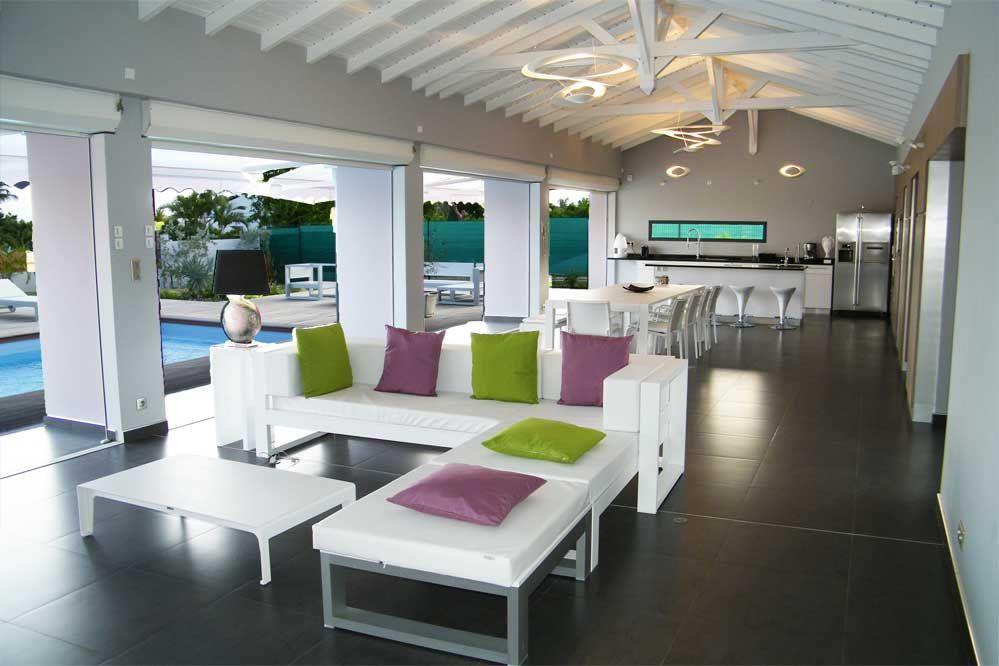 Location de villa de luxe en Guadeloupe  La coulée bleue - piscine - construire sa maison en guadeloupe
