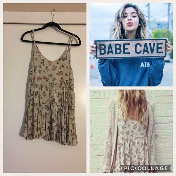 e7282a6a3e ❌SOLD❌LF lace up sweater