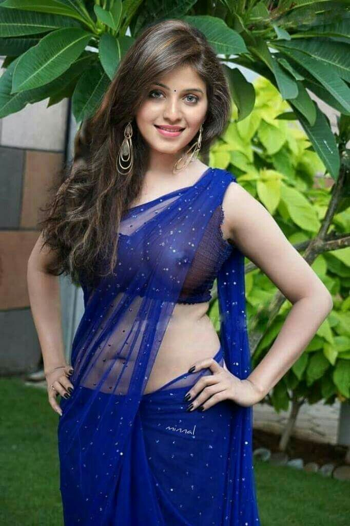 Girls in saree sexy #15