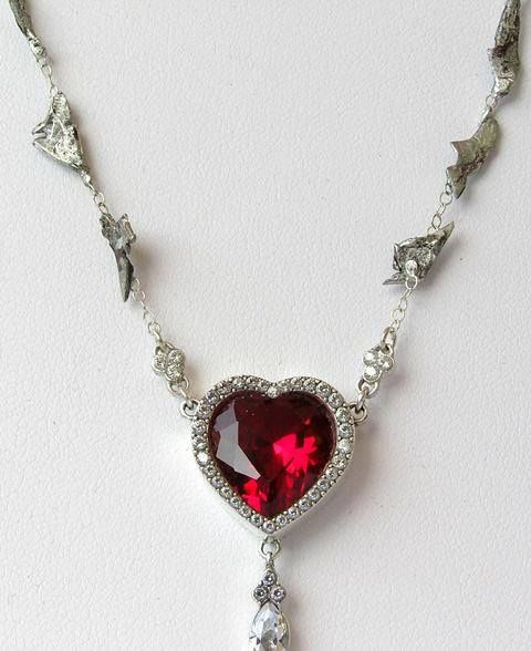 Pepper Potts Shrapnel Necklace Close Up Want It So Bad Anyone Know