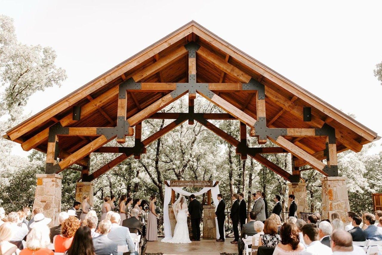 lodge wedding venue style outdoor cabin wedding venue