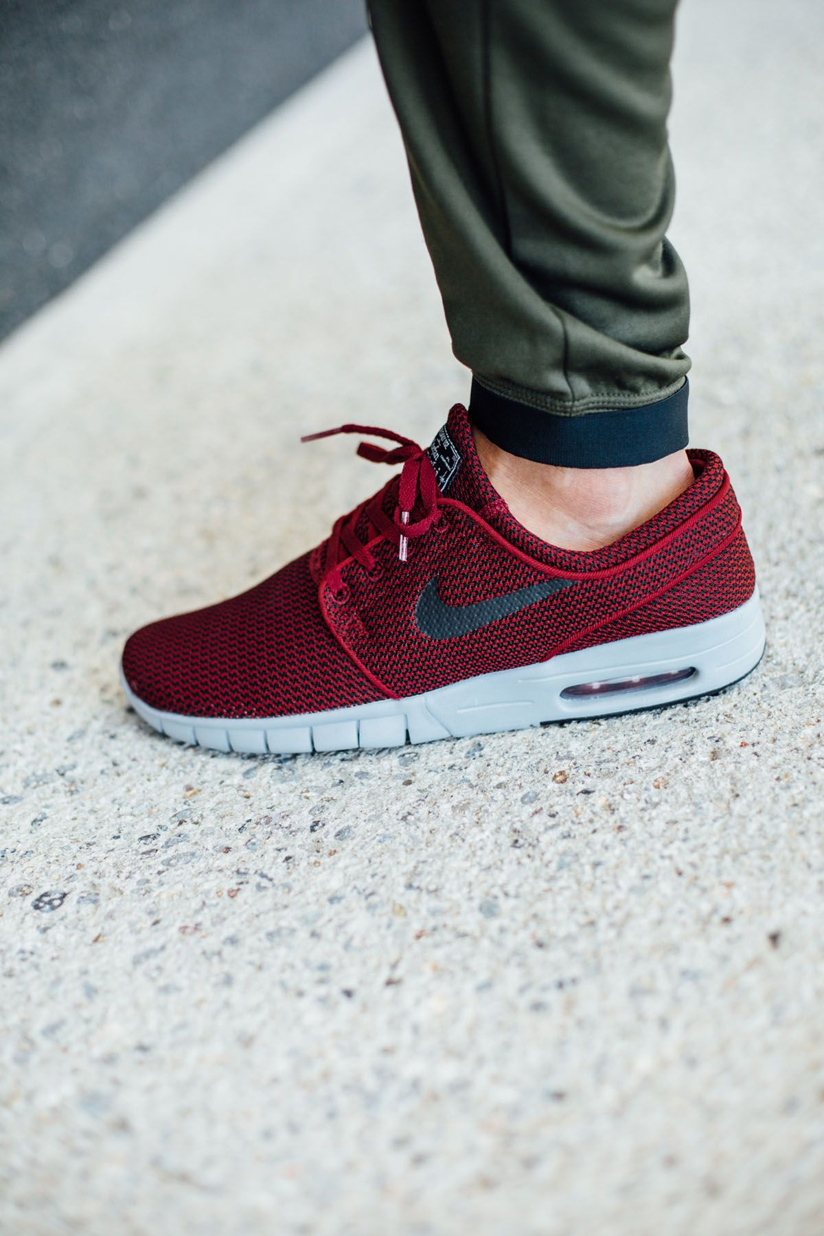 rosh run nike homme - Nike SB STEFAN JANOSKI MAX (Black / Black - Pine Green) | Outfit ...