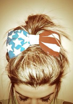 Our Best Memorial Day Weekend Outfit Ideas – American Flag Bow #Hairstyles #Patriotic
