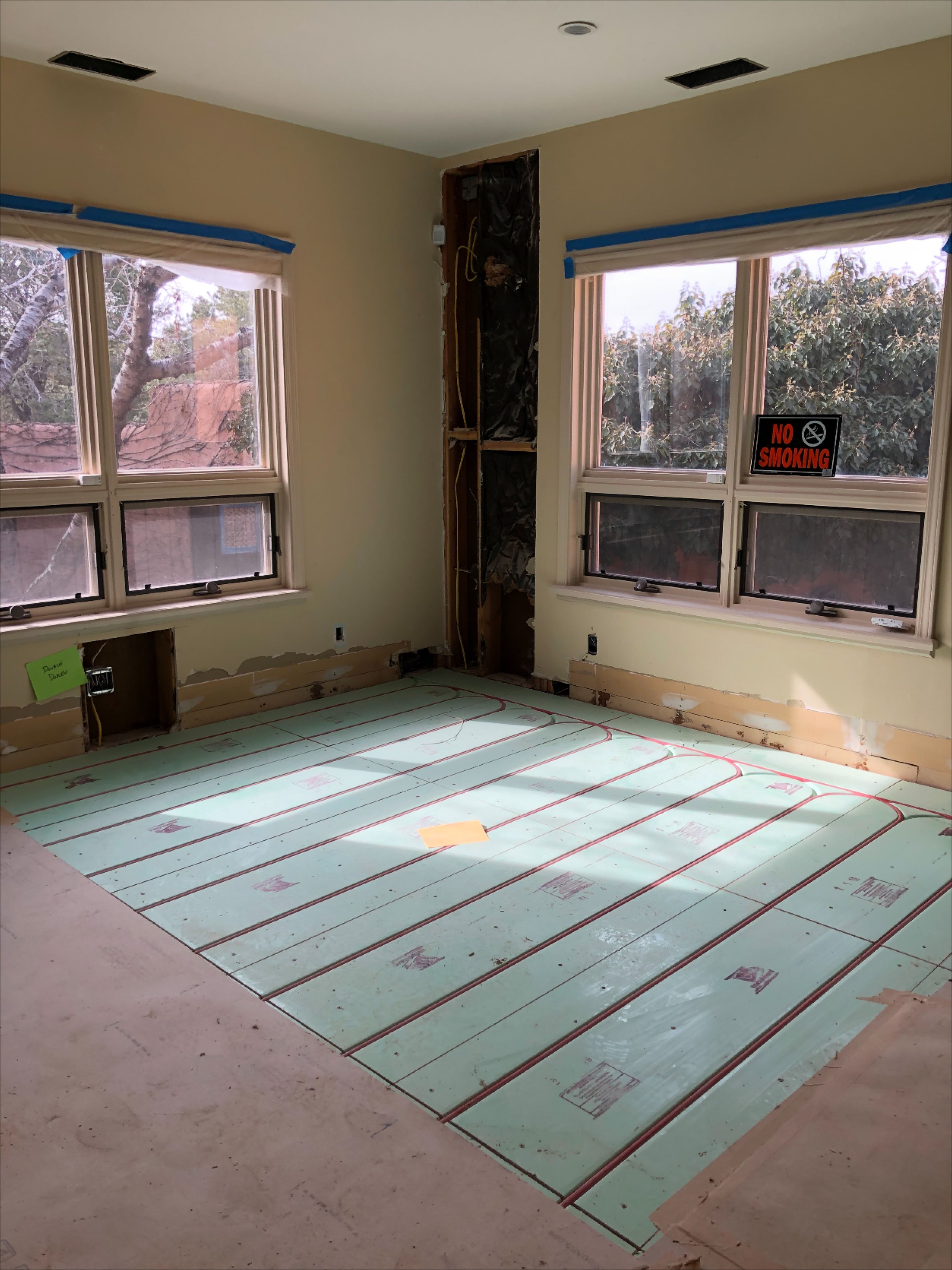 Warmboard Radiant Heating Installed In Custom Santa Fe New Mexico Home In 2020 Radiant Heat Radiant Floor Heating New Mexico Homes