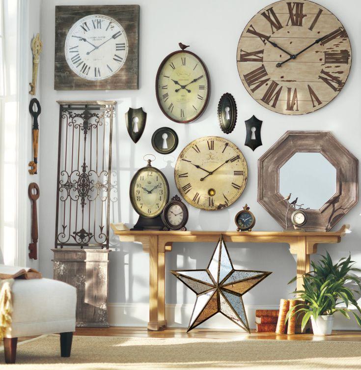 Gallery wall espejos y relojes de todo el mundo y poca pinterest - Relojes de decoracion ...