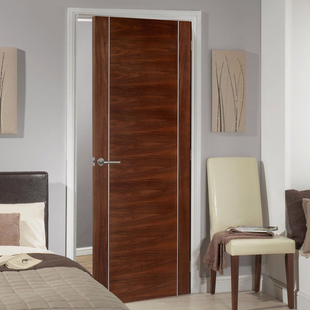 Bespoke Alcaraz Walnut Flush Door - Prefinished.    #walnutdoor #moderndoor #interiordoor #bespokedoor #madetoorderdoor #door