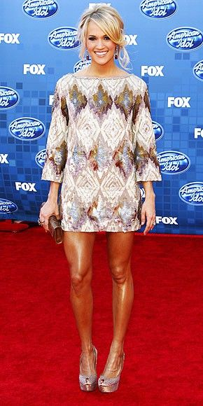 Carrie Underwoods Dress Her Legs Are A Little Too Shiny