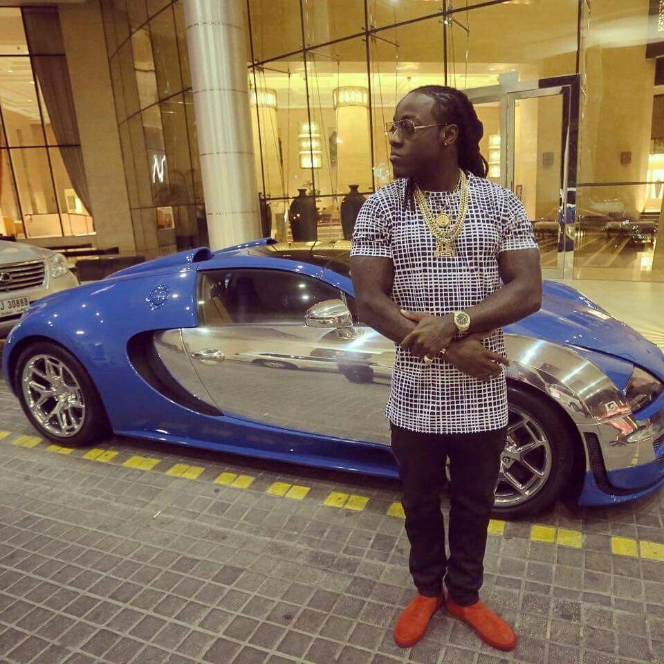 Photo of Ace Hood  - car