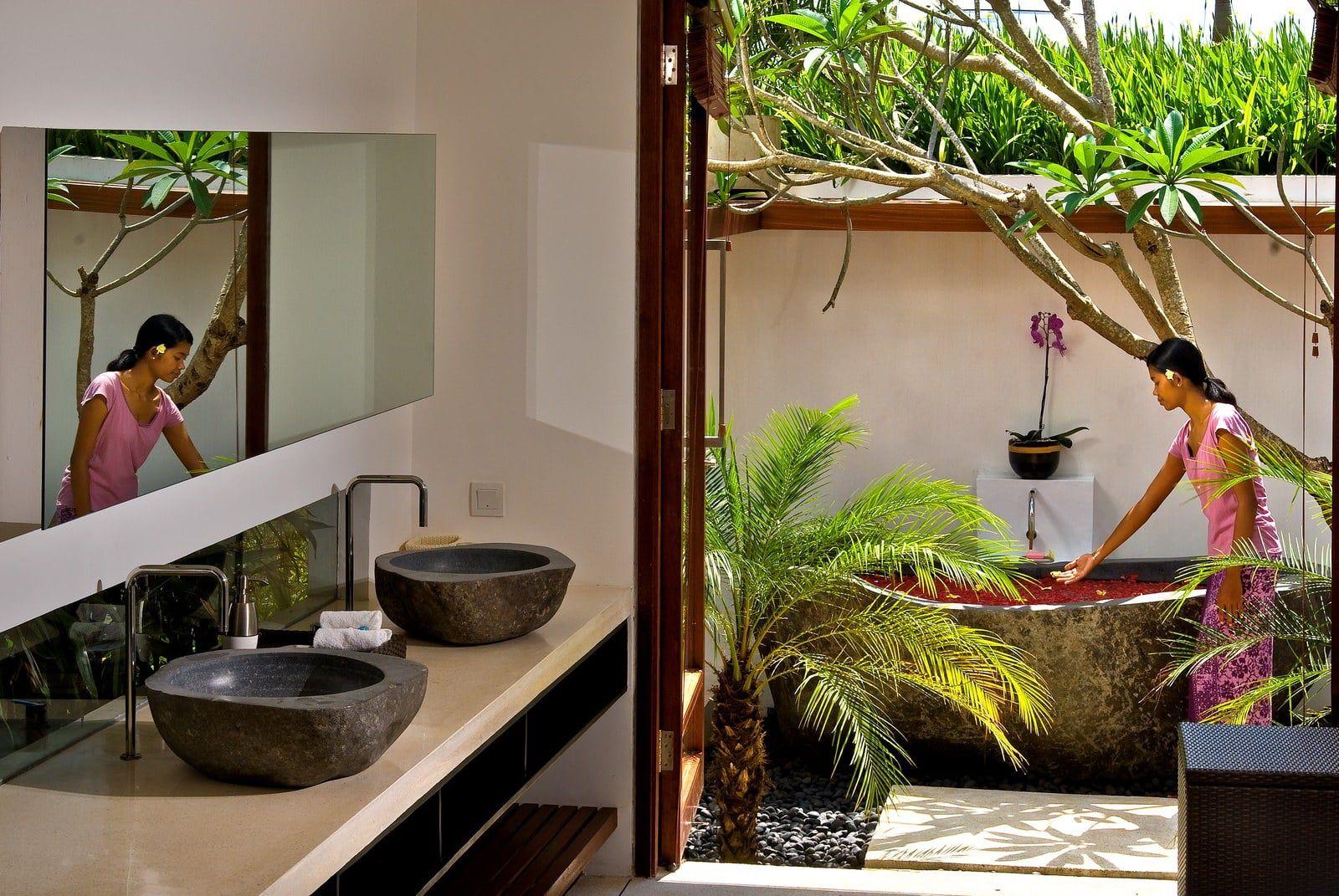 Desain Kamar Mandi Terbuka Desain Desain Kamar Mandi Desain Rumah Desain kamar mandi terbuka