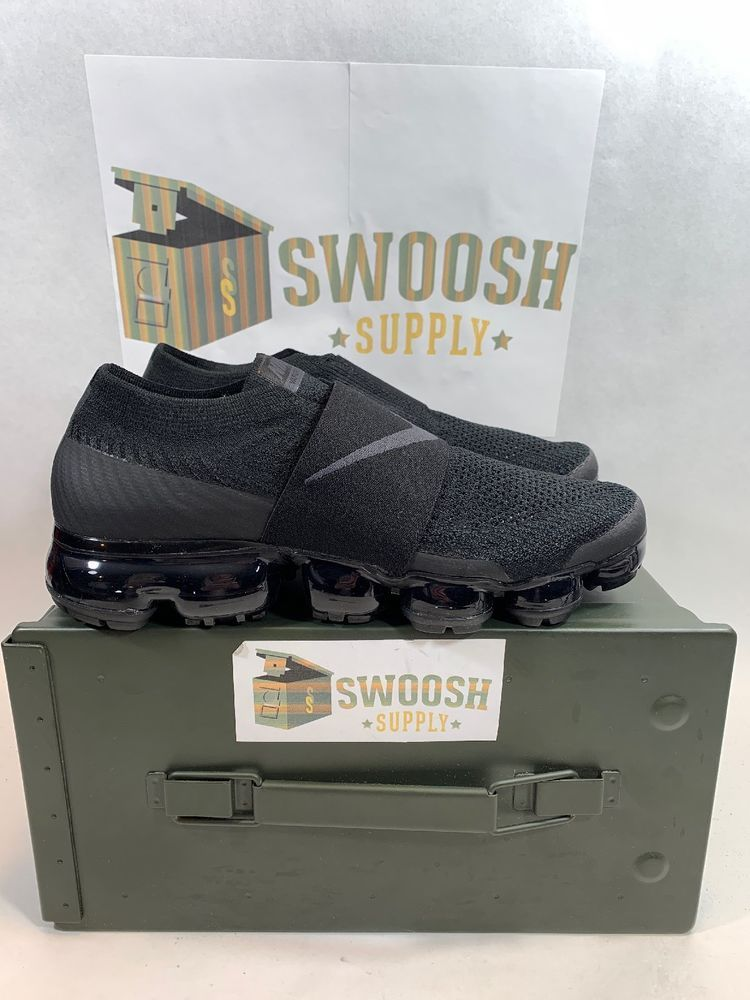 bbfaca0bbf4 Nike Womens Air Vapormax Flyknit Moc Triple Black AA4155-004 Size 8  Nike