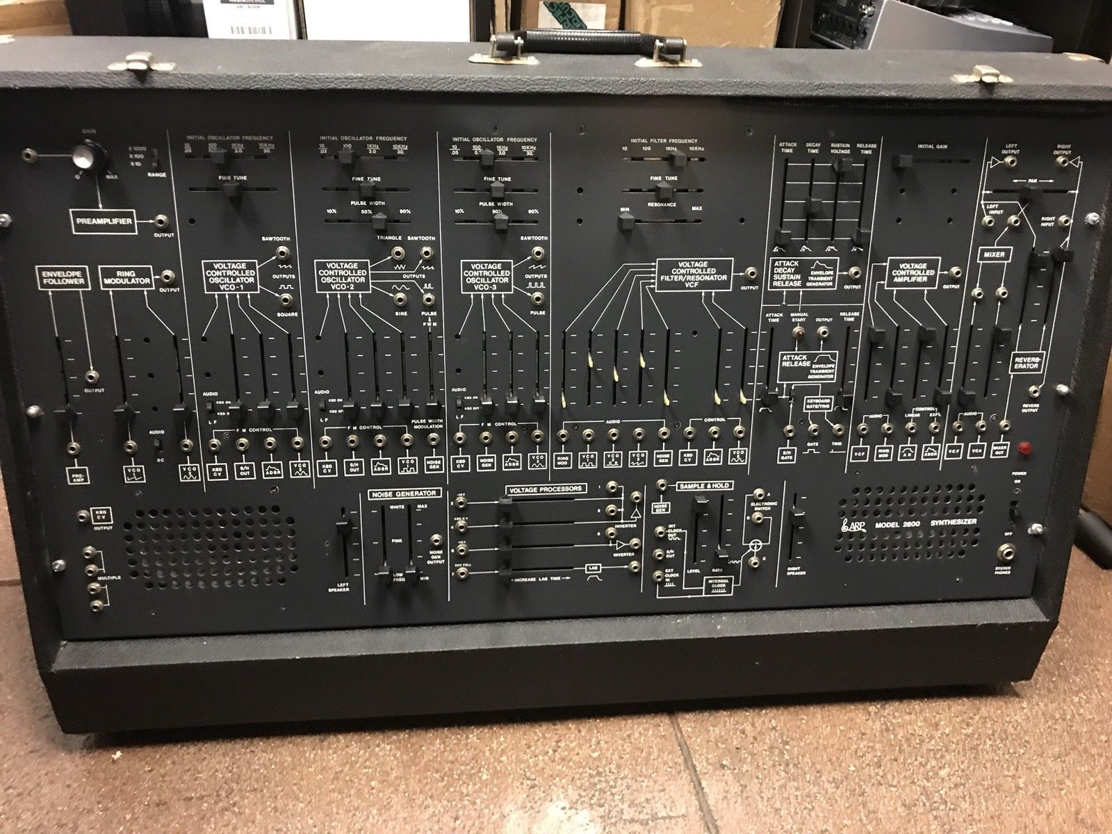Arp 2600 Analog Semi-modular Synthesizer With 3604 Keyboard