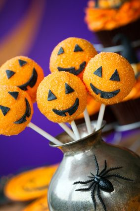 Create bite-sized sweets for your Halloween party with these creative Halloween cake pop ideas.