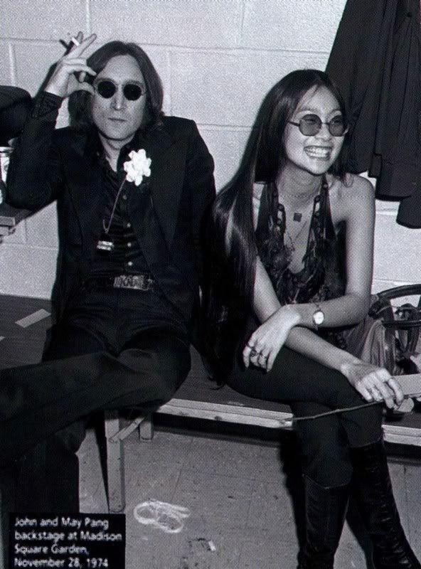 John Lennon And May Pang Google Zoeken John Lennon Lennon John Lennon Yoko Ono