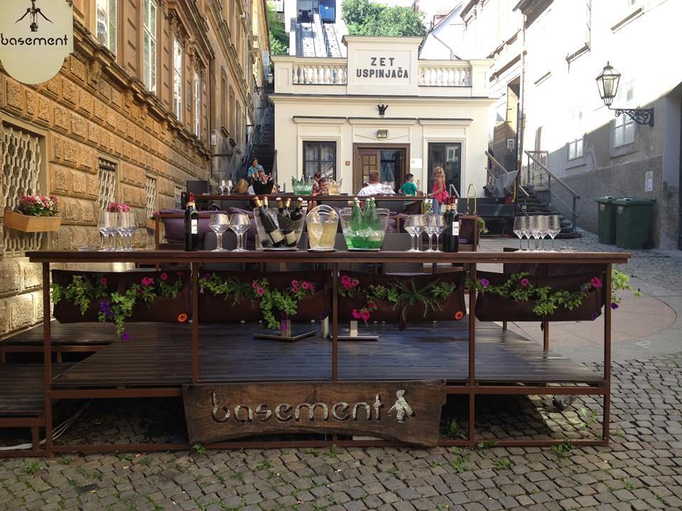 Best Wine Bars In Croatia S Capital Zagreb Wine Bar Cafe Bar Bar