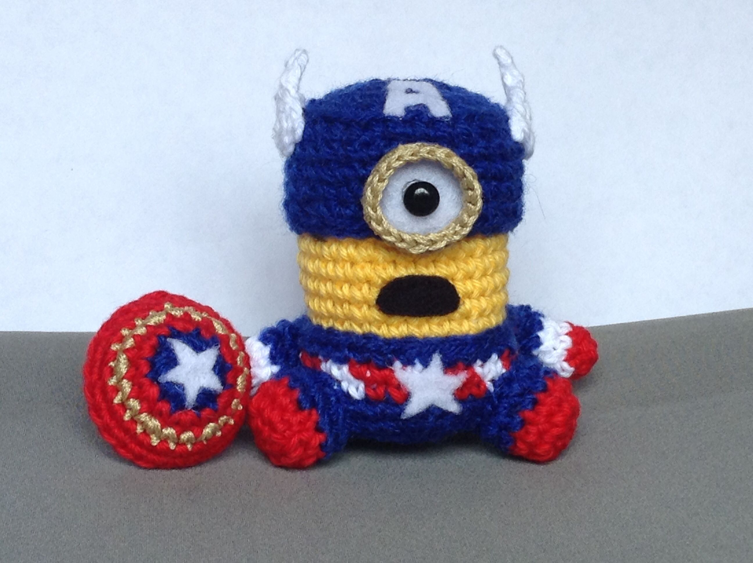 Patron Minion Amigurumi : Minion captain america crochet #amigurumi #handmade capitán américa