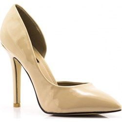 Moda dla kobiet 50+ | Heels, Fashion, Pumps