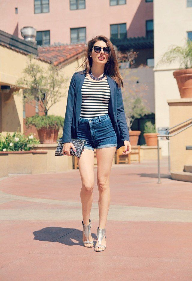 what to wear with silver sandals