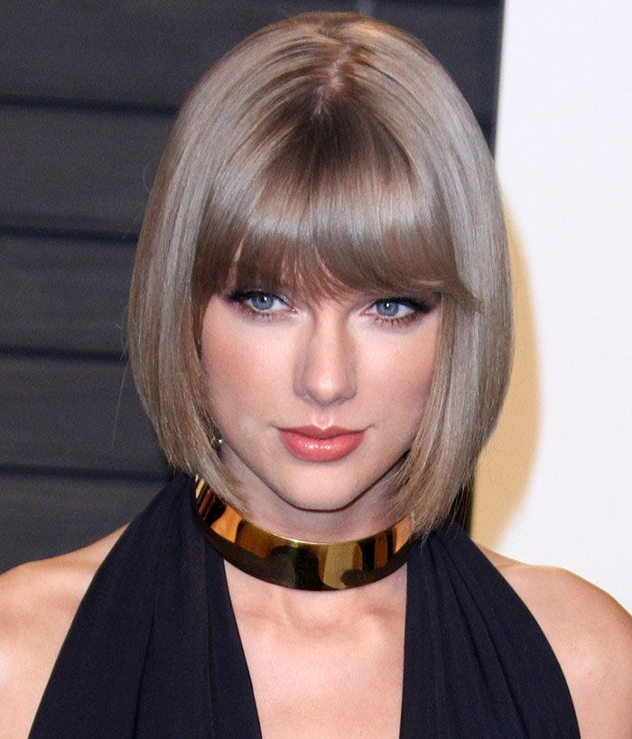 Leggy Taylor Swift Displays One of Her Sexiest Looks Yet in ...