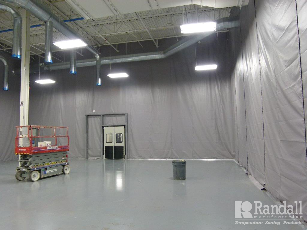 Insulated Curtains Industrial - Randall s non insulated industrial curtain walls partition warehouse space easily while protecting employees from many other air borne elements