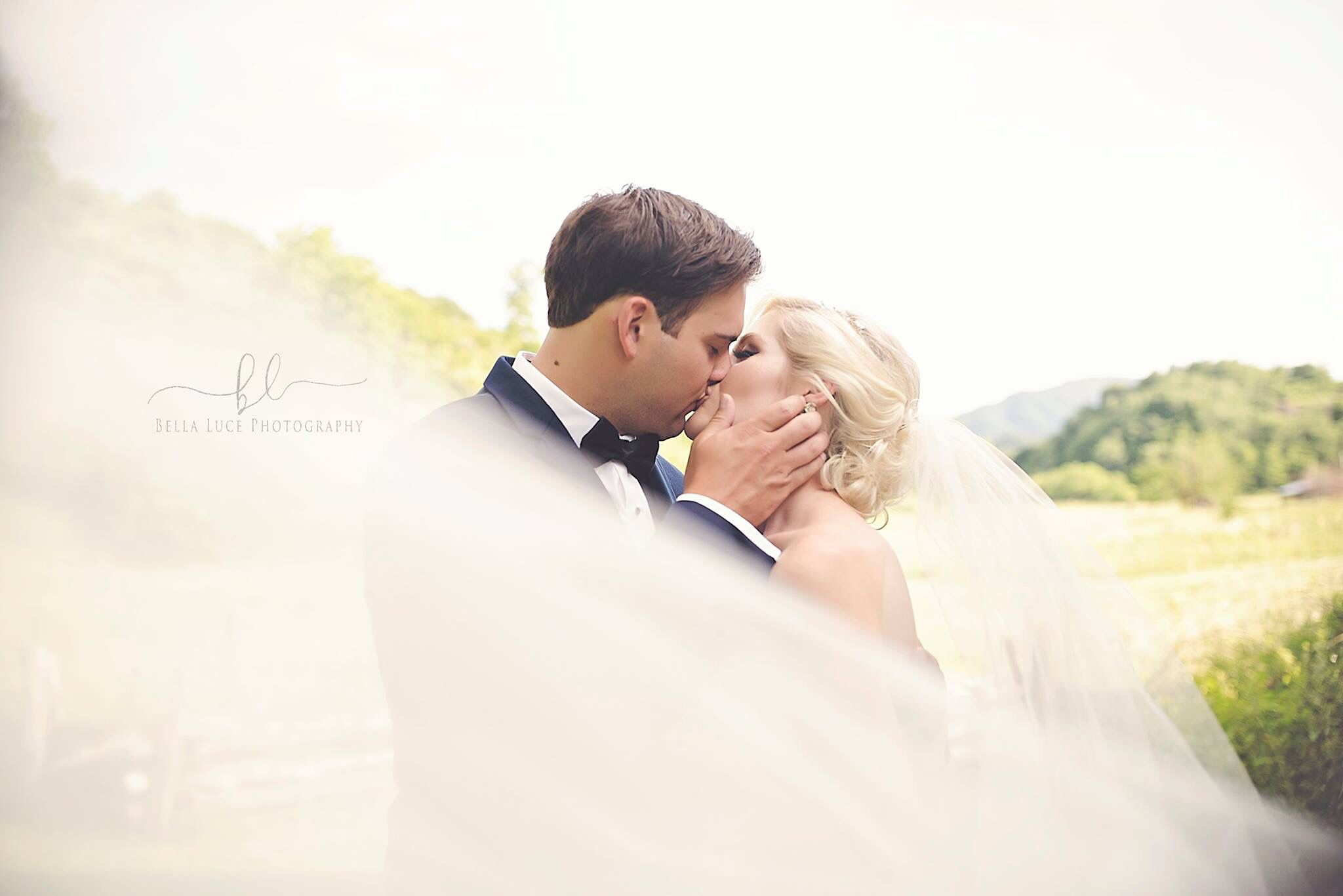 Pregnant wedding dress fail  Pin by Mackenzie Griggs on Bella Luce Photography  Pinterest