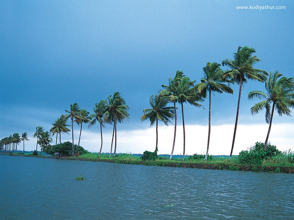 Kerala Wallpapers Beautiful Wallpaper Collections Kerala Backwaters Tourist Places Tourist Destinations