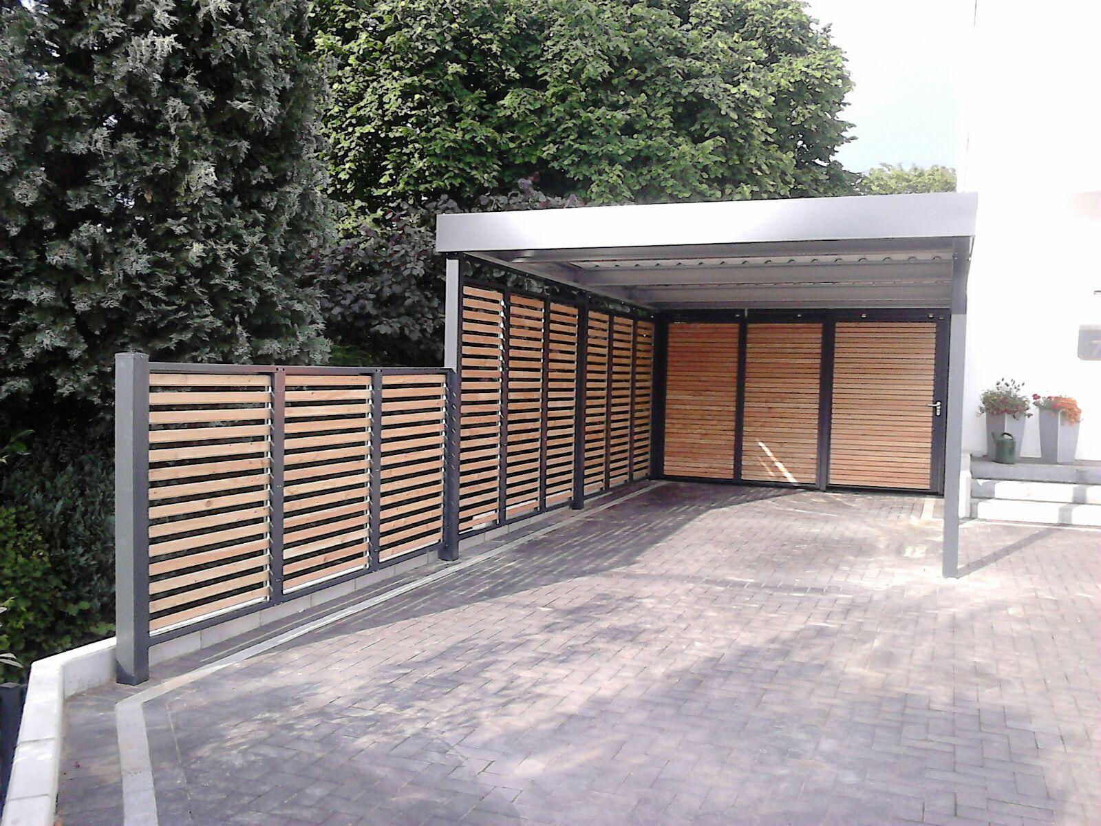 Carport Mit Weiterfuhrendem Sichtschutz Gefunden Bei Http Siebau Com Garage Dekorieren Carport Carport Uberdachung