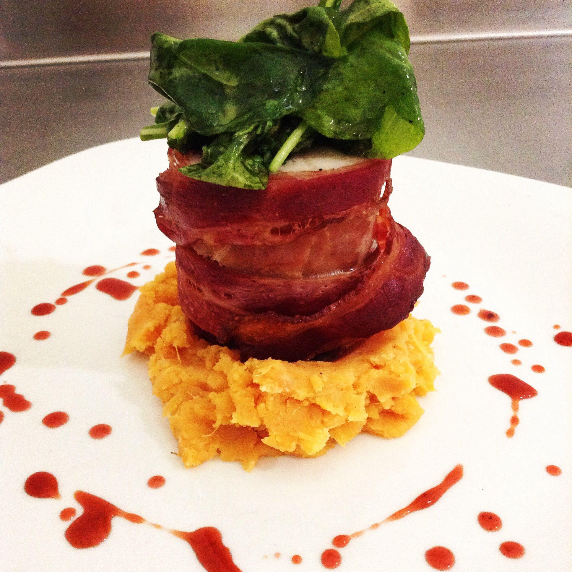 Filete De Cerdo Con Crujiente De Tocino Gastronom A Pinterest  ~ Solomillo Wellington Masterchef Receta