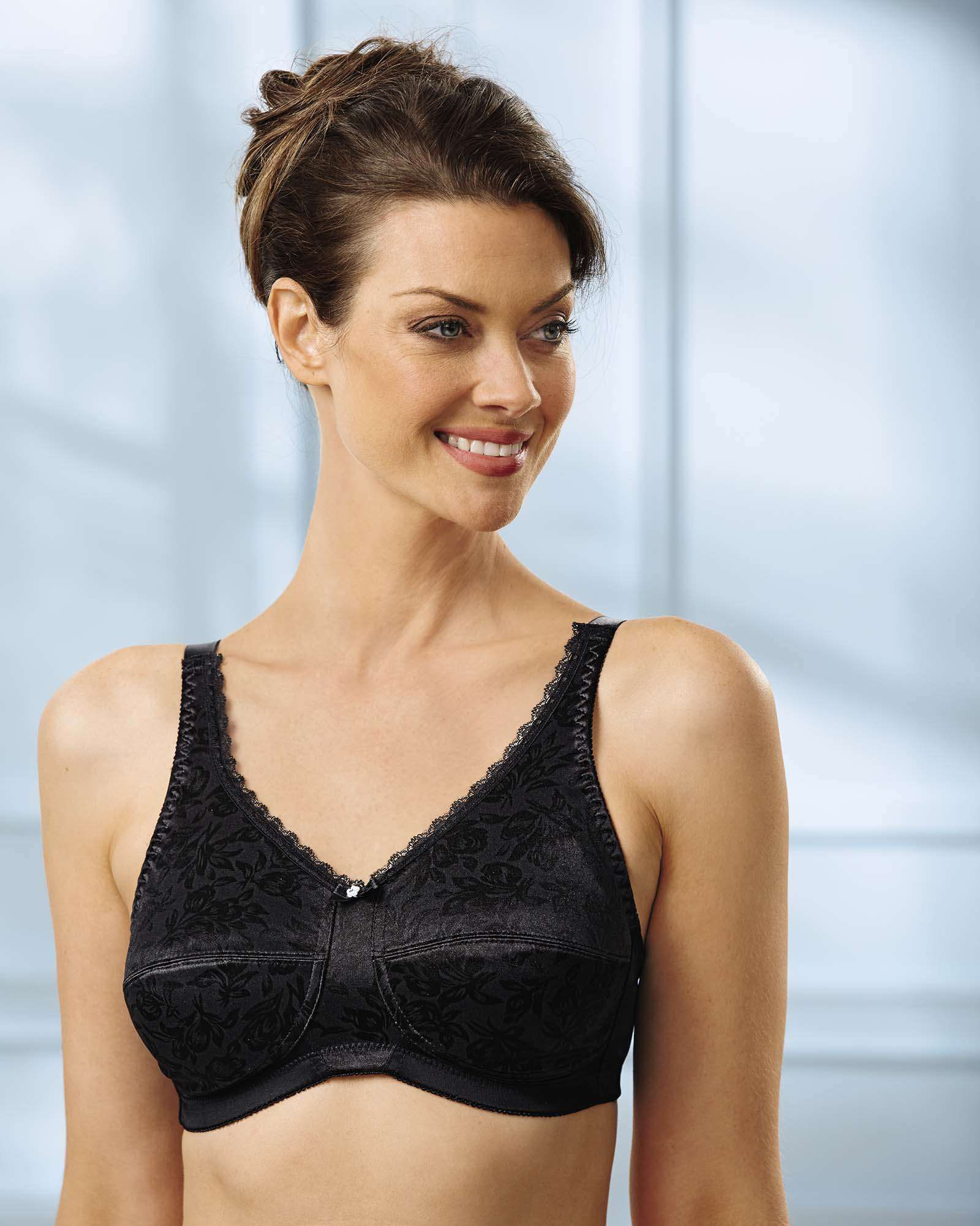ebfffa1517 Original Fully Back Closure Bra in 2019