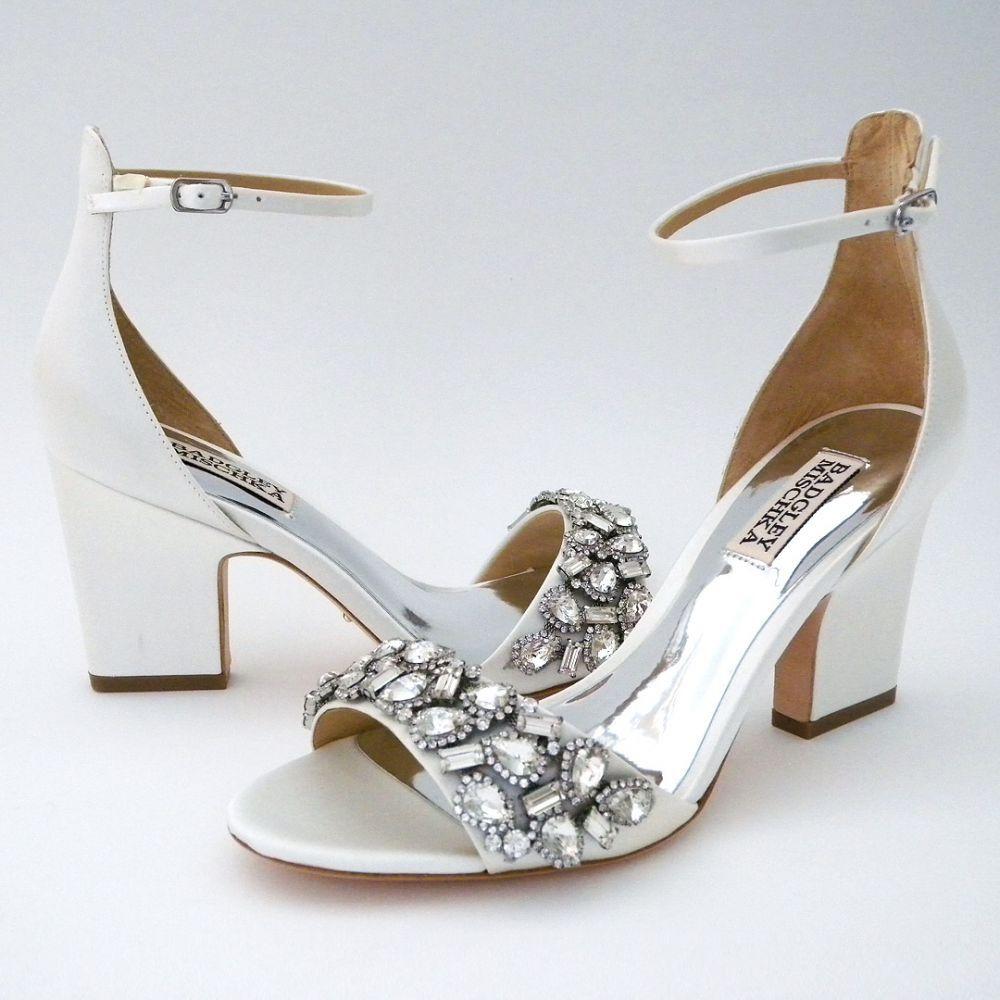 Badgley Mischka Laraine White In 2020 Badgley Mischka Shoes Wedding Bridal Shoes Sparkle Badgley Mischka Bridal
