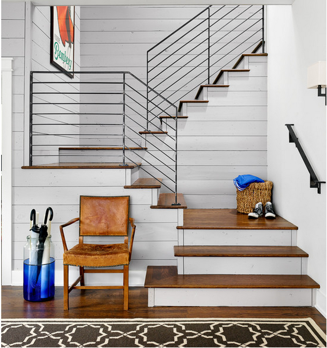 Best Love The Wood Steps And More Modern Look With The Iron 400 x 300