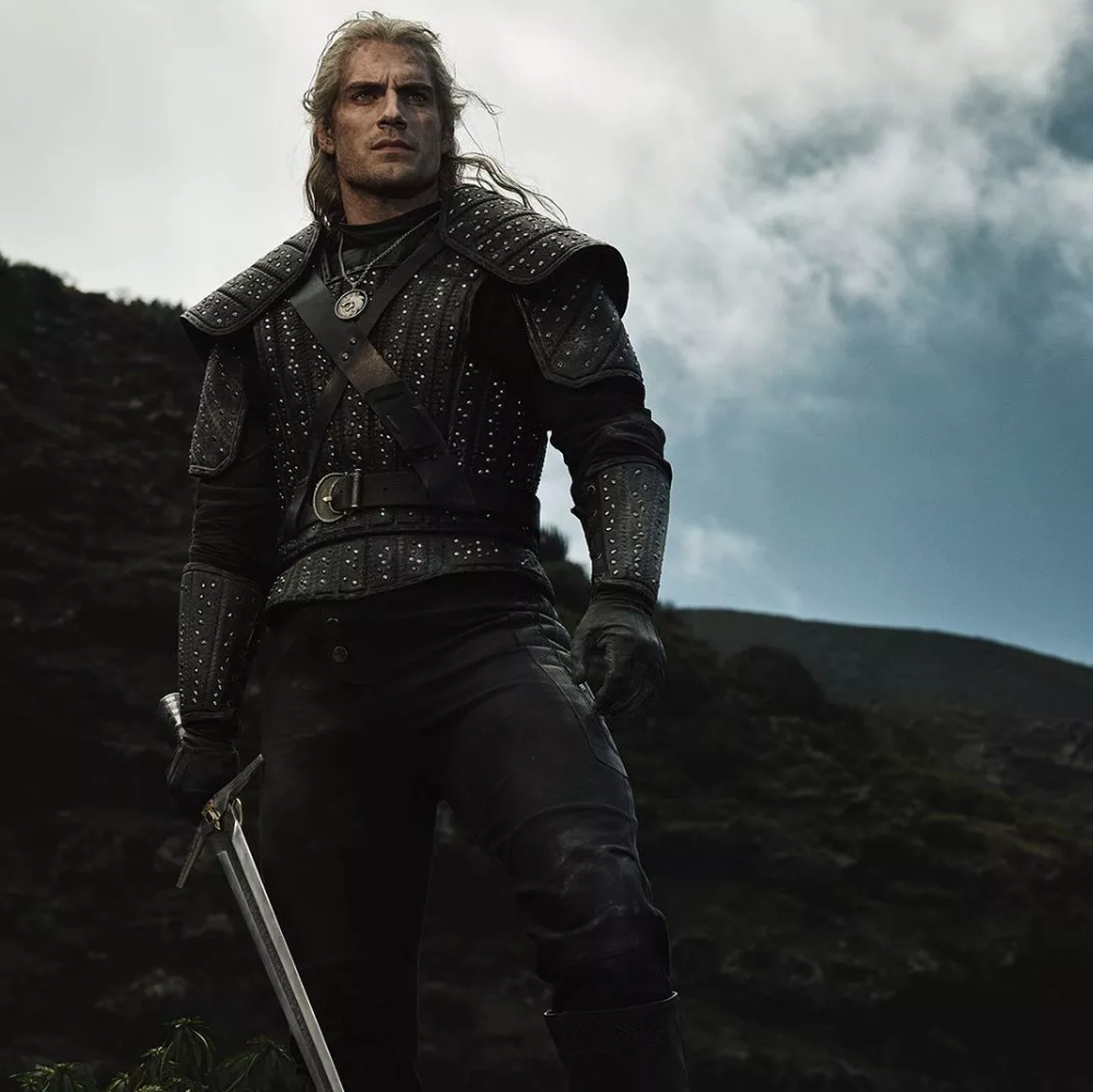 Netflix Drops Official Poster Images For The Witcher The Witcher Series Filmes Witcher Wallpaper