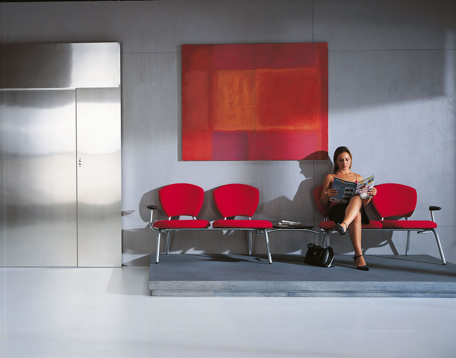 modern chairs for office waiting area