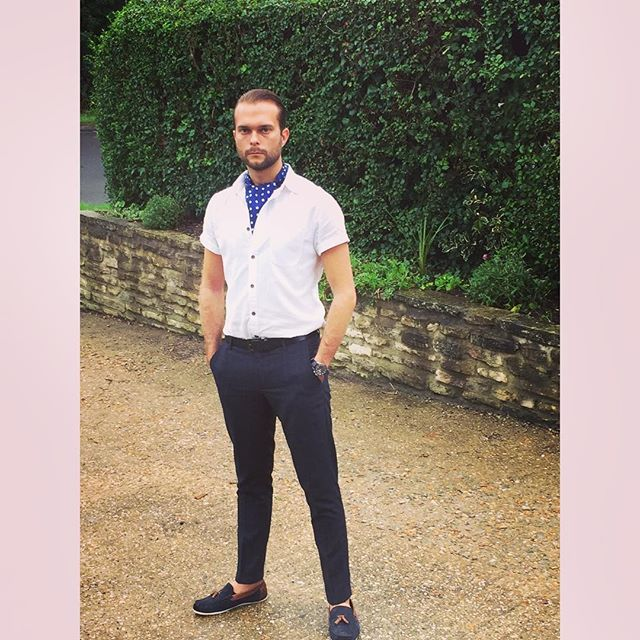 @cravatclub #style #fashion #cravat #mensfashion #malefashion #gent #dapper #dapperchap #stylish #mensstyle #menwithstyle #cravatclub #loafers #model #models #modellife #malemodel
