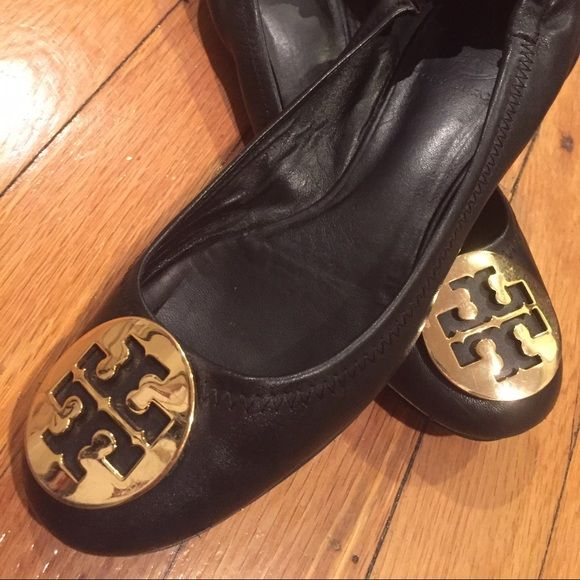 Tory Burch Classic Black Ballet Flats 8.5 In great condition, lightly worn. Tory Burch Shoes Flats & Loafers