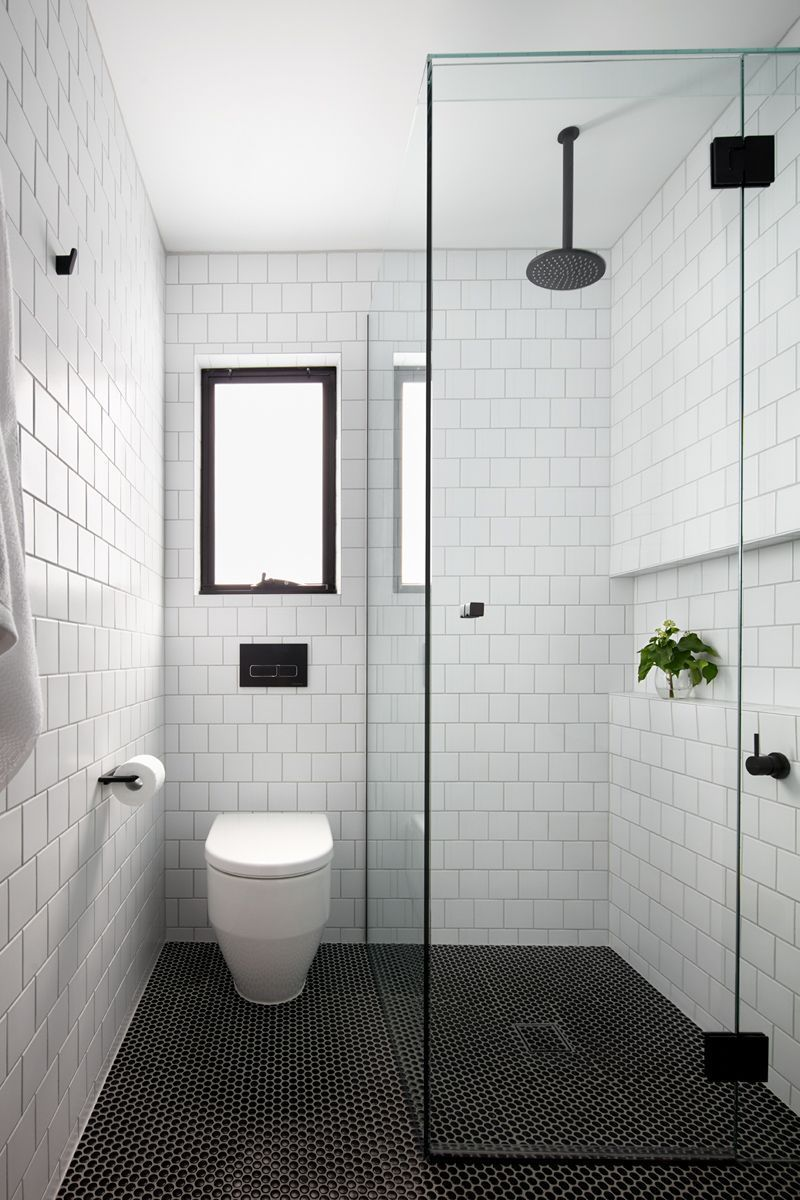 White Bathroom Ideas See Our Favorite White Shower Rooms As Well As Check Out Our Favorite White Affordable Bathroom Remodel Classic Bathroom Small Bathroom