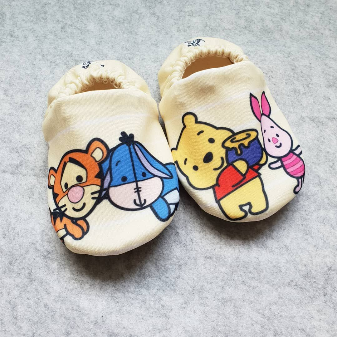 df851169bc03 Winnie the Pooh Handmade Baby shoes Baby Booties