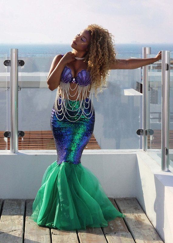 Mermaid Costume With Bra Top And Sequin Skirt By Sparklemegorgeous Disfraz De Sirena Casero Disfraz De Sirena Ropa De Sirena