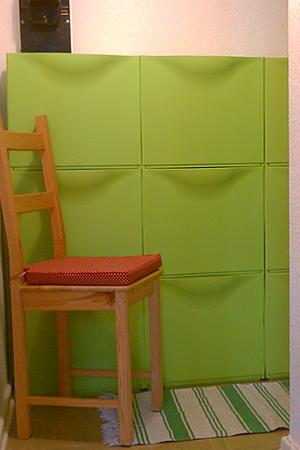 schuhe verstauen trones von ikea meine kleine einraumwohnung ikea pinterest small. Black Bedroom Furniture Sets. Home Design Ideas