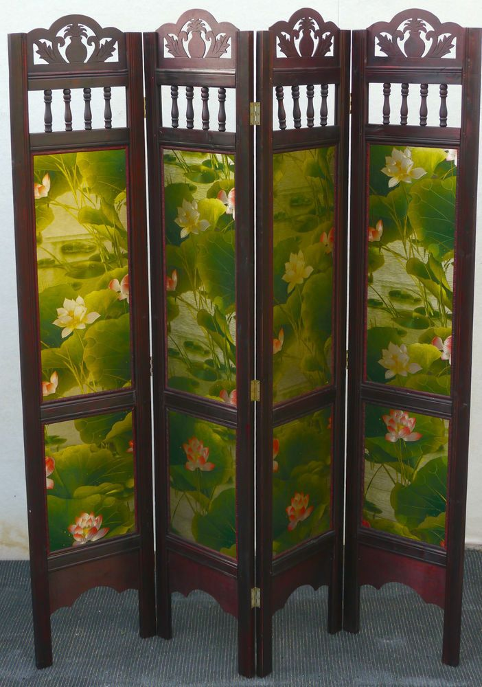 JAPANESE HIGHLY DECORATED FOUR PANEL WOODEN PRIVACY SCREEN ROOM