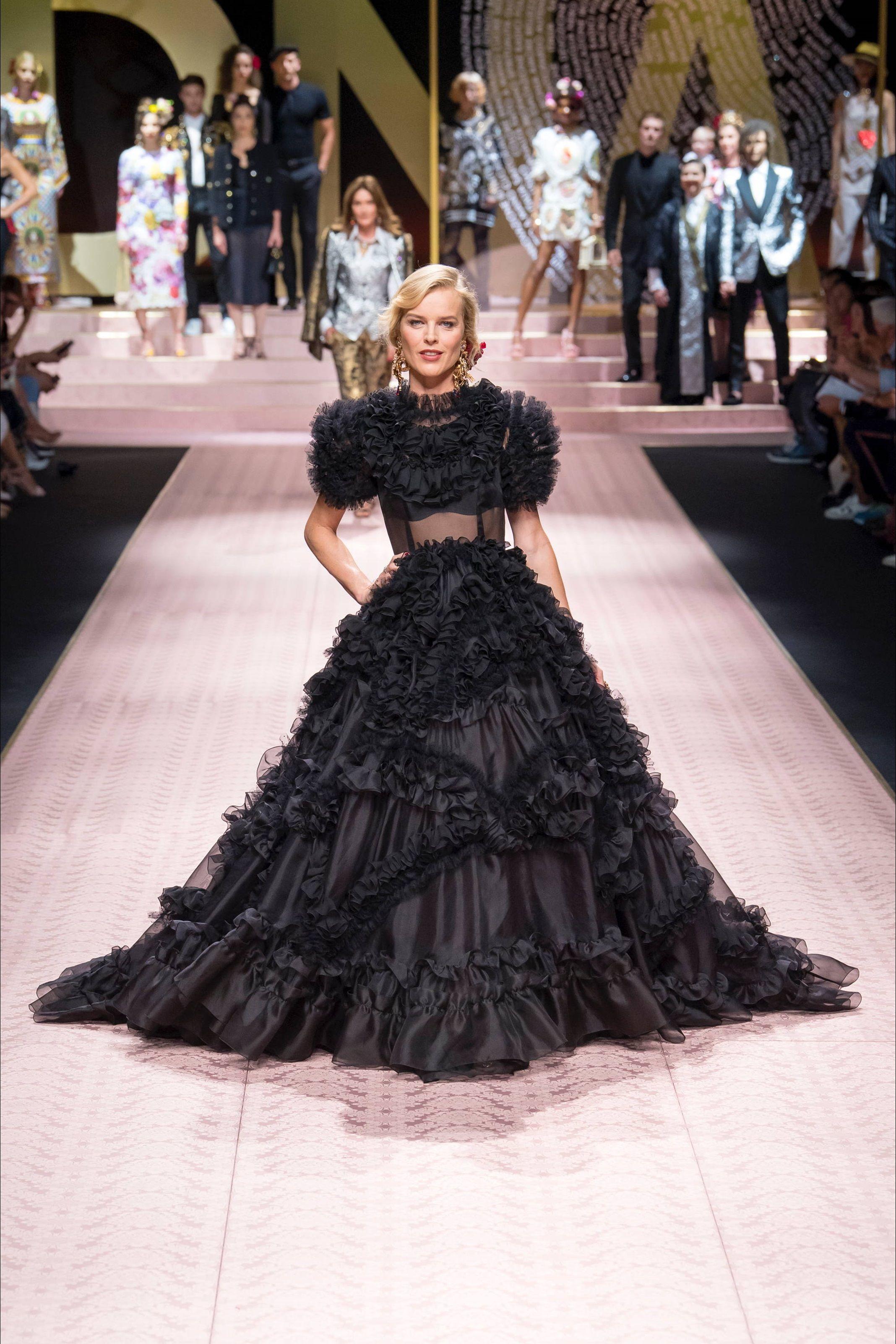 Sfilata Dolce   Gabbana Milano - Collezioni Primavera Estate 2019 - Vogue 991c0773a4d
