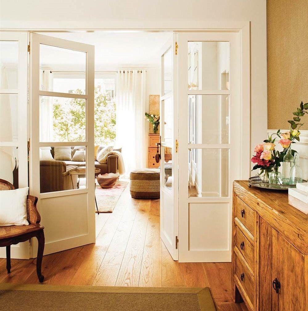 Recibidor conectado al sal n con puerta de doble hoja con - Cristales puertas salon ...