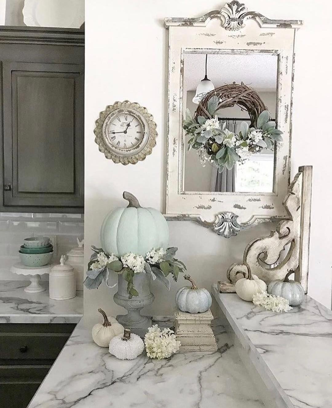Pretty corner vignette. The mirror, wreath, clock and corbel !! | My ...