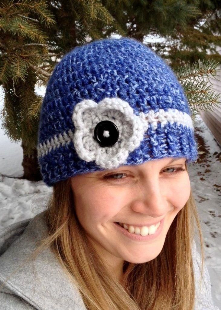Women's Flower Accent Hat   Crochet, Knit beanie pattern ...