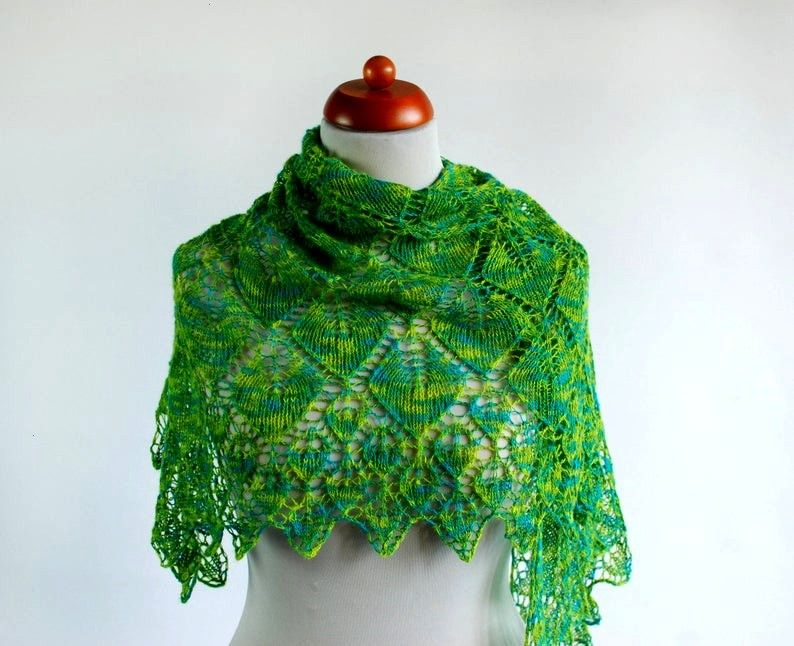 Green Hand Knit Lace Shawl Merino Silk Knitted Shawl Wrap Fairy tail Wedding Shaw Turquoise Green Hand Knit Lace Shawl Merino Silk Knitted Shawl Wrap Fairy tail Wedding S...